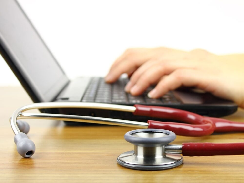 What are the Benefits of Studying Nursing Online?
